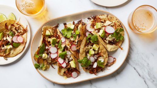 How to Make Crispy Pulled Mushrooms and Change Your Vegetarian Taco Strategy Forever