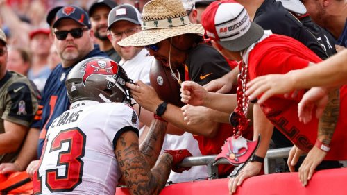 Tampa Bay Buccaneers fan rewarded for giving up Tom Brady's 600th TD ball