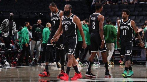 Nets' Big 3 erupts in 2nd half, wins playoff debut