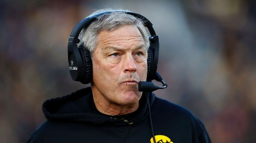 Attorney for group of ex-players fires back at Iowa Hawkeyes