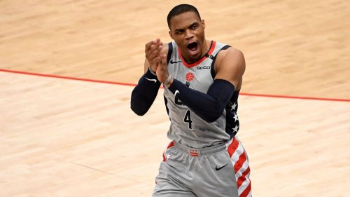 Sources: Los Angeles Lakers reach deal to acquire Russell Westbrook, sending 3-player package and pick to Washington Wizards