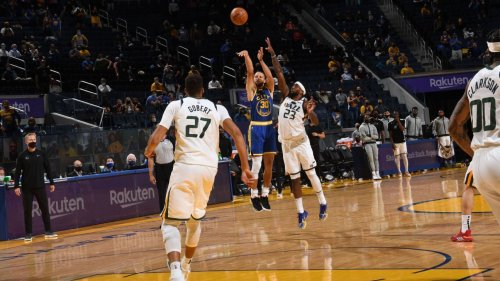 NBA again breaks season record for 3s per game