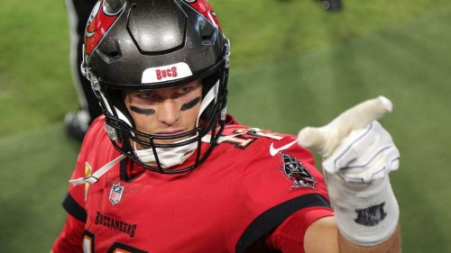 Tampa Bay Buccaneers' Tom Brady blasts 'dumb' new NFL uniform number rule