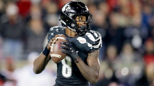 Lamar Jackson, Louisville shake off slow start to keep playoff hopes alive