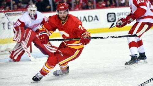 Toronto Maple Leafs signs former Calgary Flames defenseman T.J. Brodie