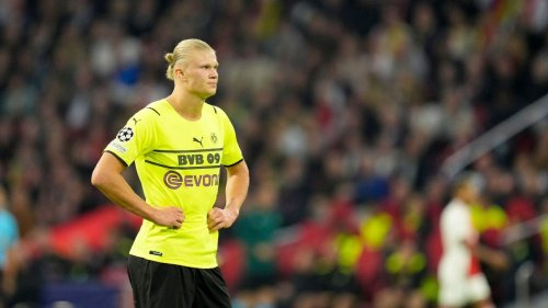 """Dortmund's Erling Haaland out of action for """"weeks"""" with hip muscle injury"""