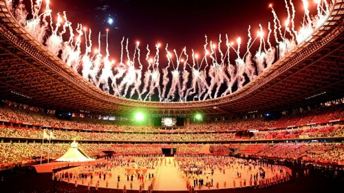 South Korean TV network apologises over 'inappropriate' opening ceremony images