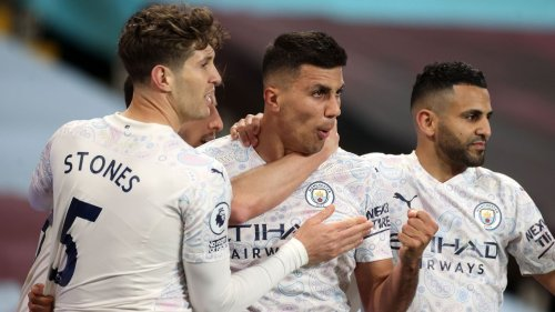 Man City overcome Super League drama in title-worthy performance