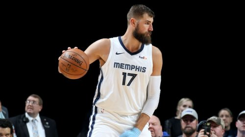 Memphis Grizzlies to trade Jonas Valanciunas to New Orleans Pelicans for Steven Adams, Eric Bledsoe, sources say