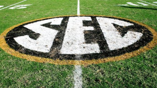 Source: Oklahoma Sooners, Texas Longhorns on the verge of making SEC move