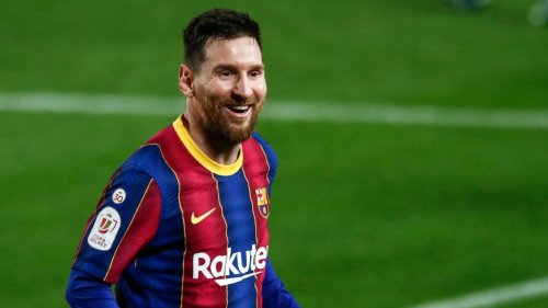 LIVE Transfer Talk: Messi finally gets Barca contract offer
