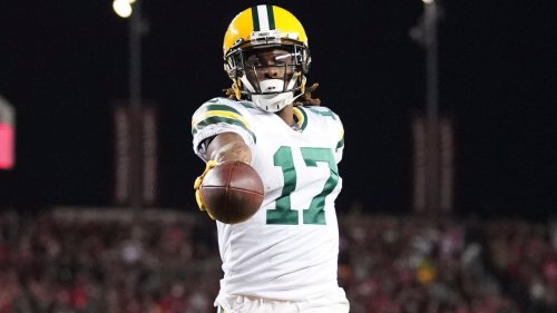 Green Bay Packers WR Davante Adams says he's being held out of Monday Night Football game, deletes tweet
