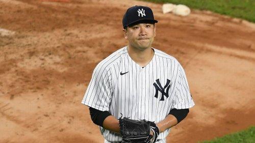 Tanaka loses in return to Japanese baseball