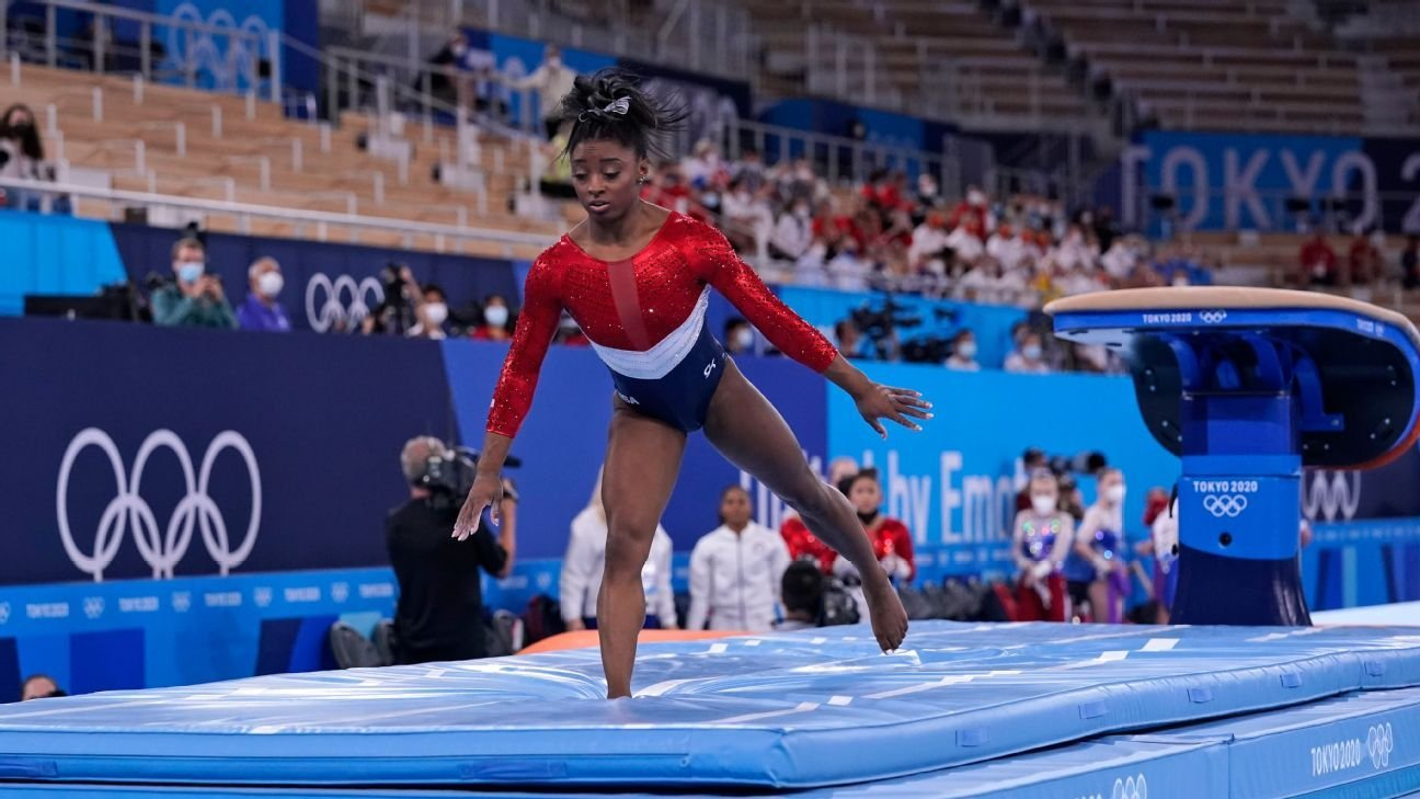 Simone Biles, plagued by 'twisties,' says mind and body not in sync at Olympics