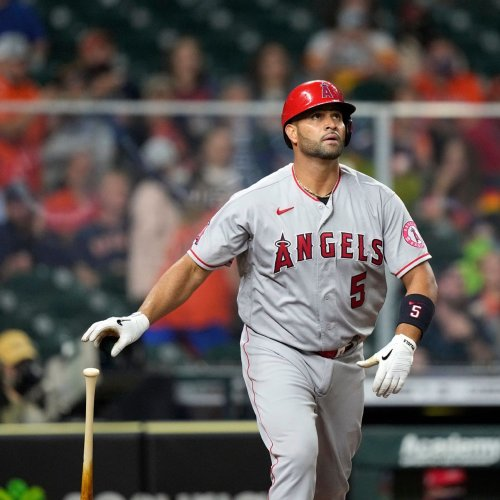 Albert Pujols in agreement with Los Angeles Dodgers on major league deal, sources say