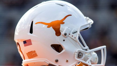 Texas Longhorns get commitment from No. 2 QB in 2022 class