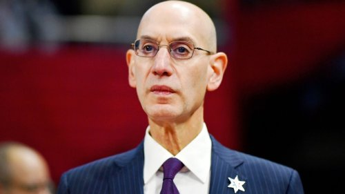 NBA commissioner Adam Silver wanted vaccine mandate, says Kyrie Irving's status is issue with New York City