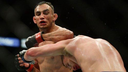 Tony Ferguson to have boxing trainer Freddie Roach in corner vs. Beneil Dariush