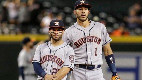 Astros activate Correa; Altuve, Brantley in lineup