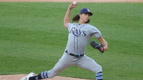 Rays' Glasnow exits early with ailing right elbow