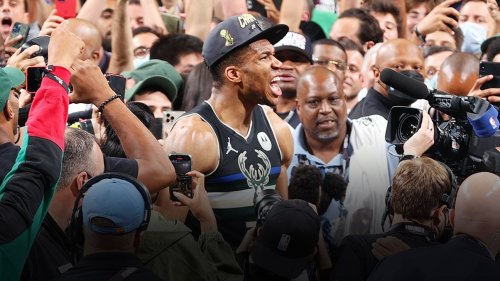 Giannis Antetokounmpo scores 50 points in Game 6 of NBA Finals, Milwaukee Bucks win club's 1st NBA title since 1971