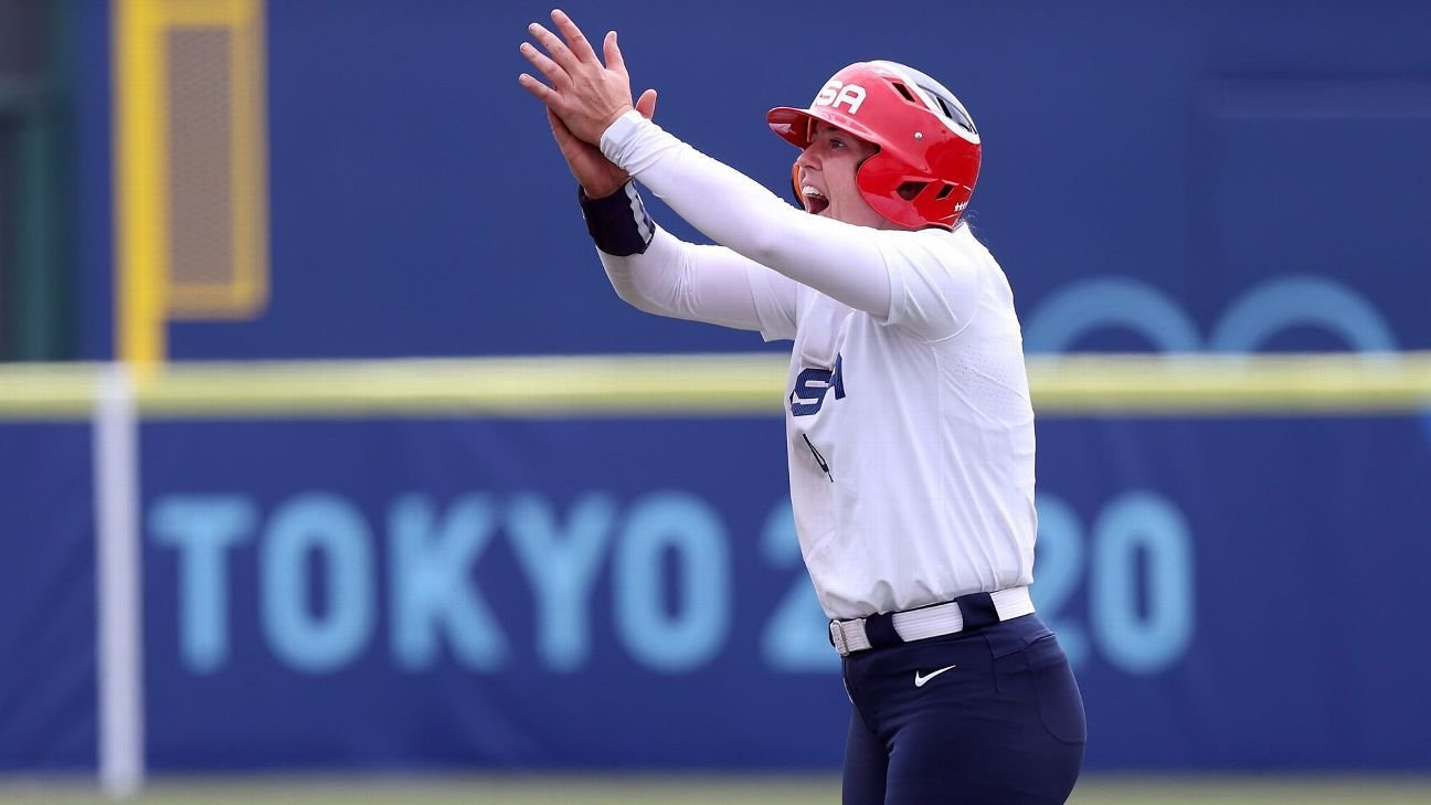 Olympic softball: Team USA's RBI and Mexico's first home run in history -- from one power couple!