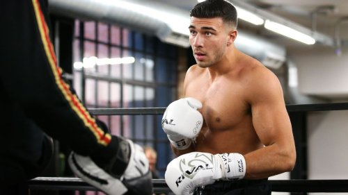 Sources: J. Paul-Woodley card adds Tommy Fury