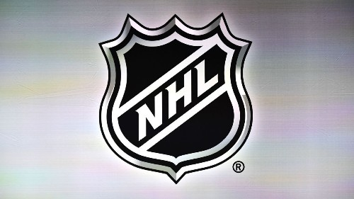 Sources: Canadian-based NHL teams may play in United States due to issues with health authorities