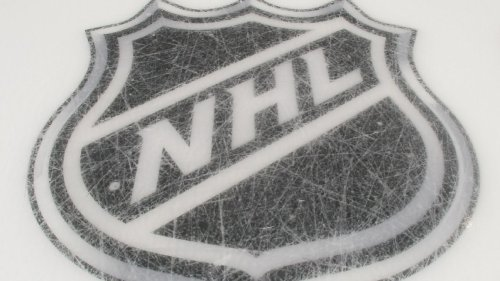 Former NHL player Tom Kurvers dies at 58 from lung cancer