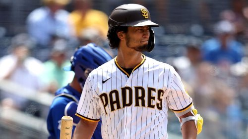 Padres' Darvish honors Rizzo with walk-up song