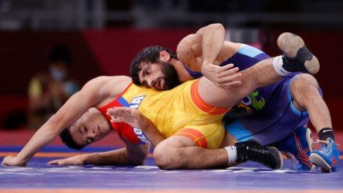 Tokyo Olympics: Ravi Kumar, Deepak Punia make semis
