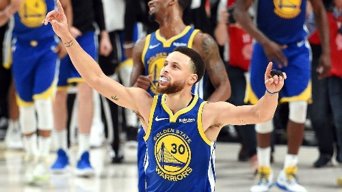 How Stephen Curry's 'organized chaos' fuels his record-breaking career -- and the Golden State Warriors' rebuild
