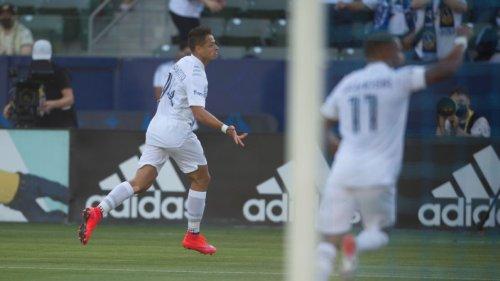 LA Galaxy beat LAFC on back of 'Chicharito' goal