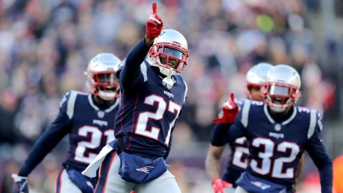 Source: Pats' Jackson signs tender after breakout