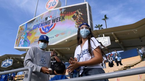 San Francisco Giants, Los Angeles Dodgers relax protocols for fully vaccinated fans