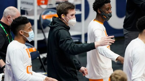 Tennessee's John Fulkerson has surgery for facial injuries; status for NCAA tournament to be determined