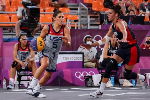 U.S. women knock off top-ranked France in 3x3 Olympic basketball debut, go 2-0 on the day
