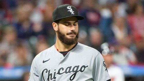 Chicago White Sox P Dylan Cease hit by comebacker, exits with bruised triceps