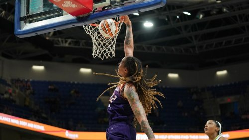 2021 WNBA playoffs: Brittney Griner owns the WNBA dunking record -- and is coming for more