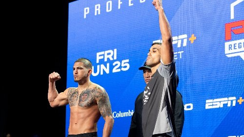 Ex-UFC star Pettis 0-2 in PFL with loss to Manfio