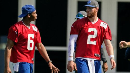 From shooting jumpers to asking personal questions, Carson Wentz is fitting in with Colts