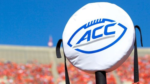 ACC returns to 8-conference-game football schedule with Notre Dame Fighting Irish independent again