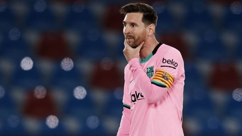 Transfer Talk: Man City favourites to sign Lionel Messi