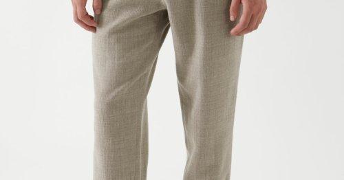 Chinos sind ein Trend für den Herbst 2021 – vor allem diese Hose!