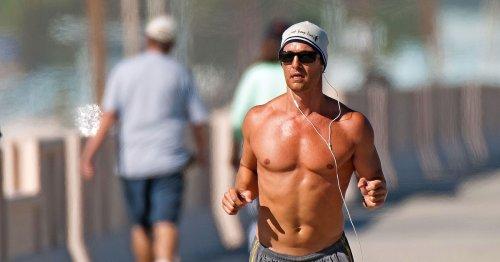 Oben ohne joggen: Ist das super praktisch oder völlig übergriffig?
