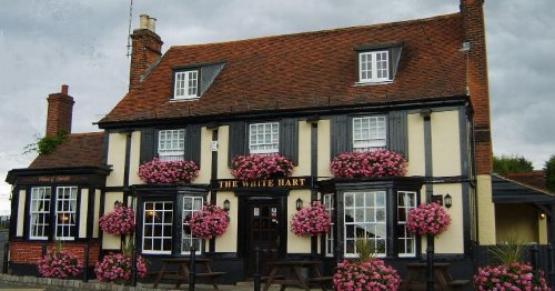 Second Essex pub bans under 21s after 'unforeseen circumstances'
