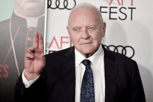 Anthony Hopkins Remembers His Mom In Touching Mother's Day Tribute
