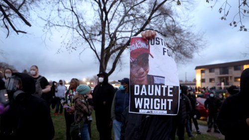Barack Obama, Beyoncé and More Speak Out After Death of Daunte Wright
