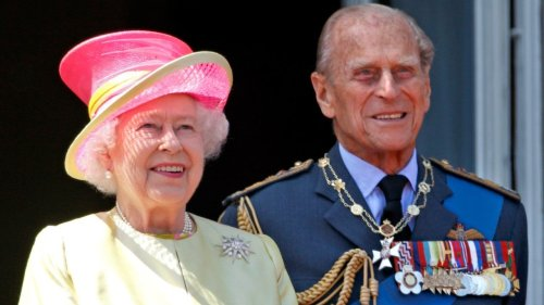 Queen Elizabeth Left Handwritten Note for Prince Philip on His Coffin