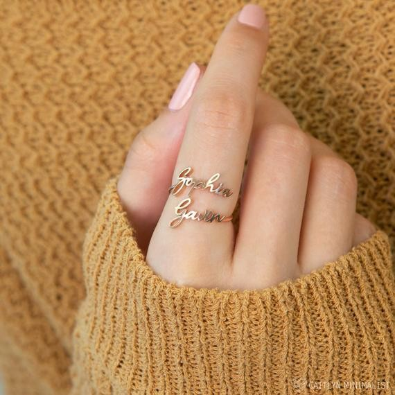 Double name ring